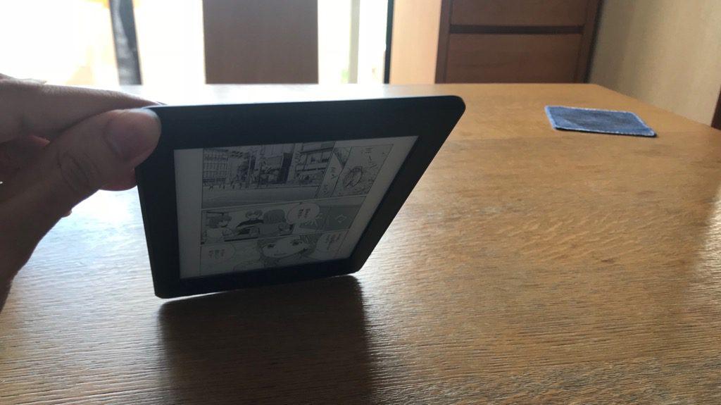 Kindle Paperwhite、スクリーンライトなし