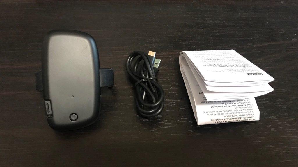 Ploom S専用モバイルバッテリーの開封:内容物は本体・充電ケーブル・説明書