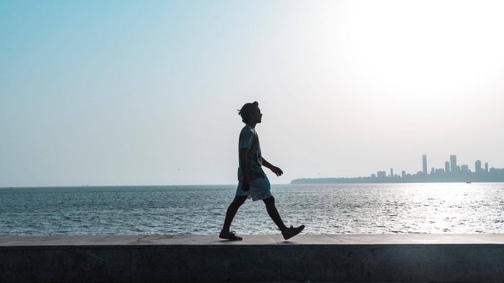 集中力を高めるオススメの方法④:集中が途切れそうなら軽く散歩